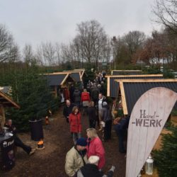 Weihnachtsmarkt mit Baumschlag 2016